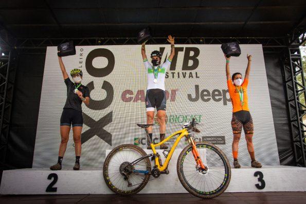 Hercilia Najara defende manto laranja e conquista 3º lugar do pódio no Campeonato Brasileiro de MTB 3